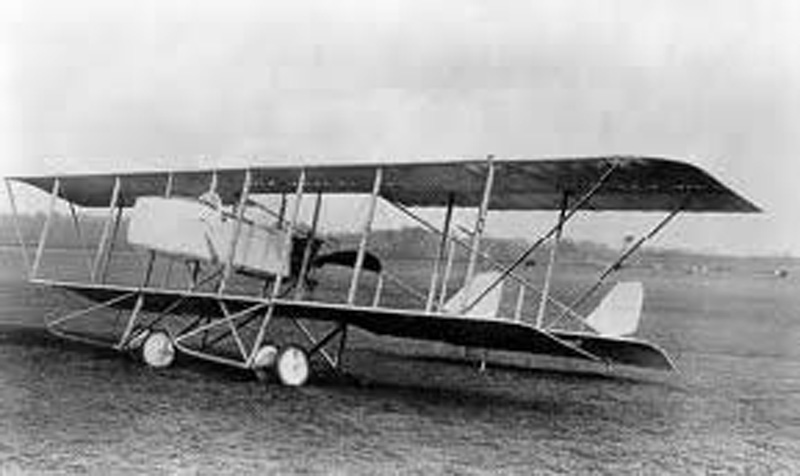de Curel. Avion : Maurice-Farman.(Collection Fernande.B)