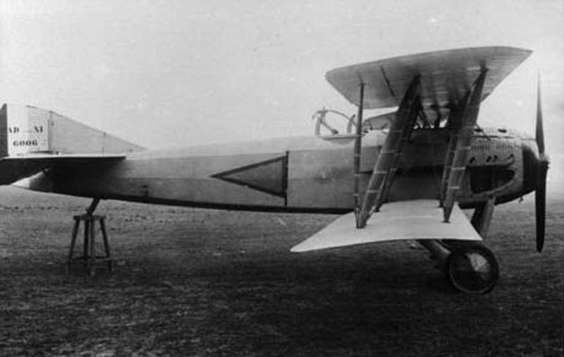 Niord Jules-Escadrille 49 sur avion SPAD.(Collection Fernande.B)