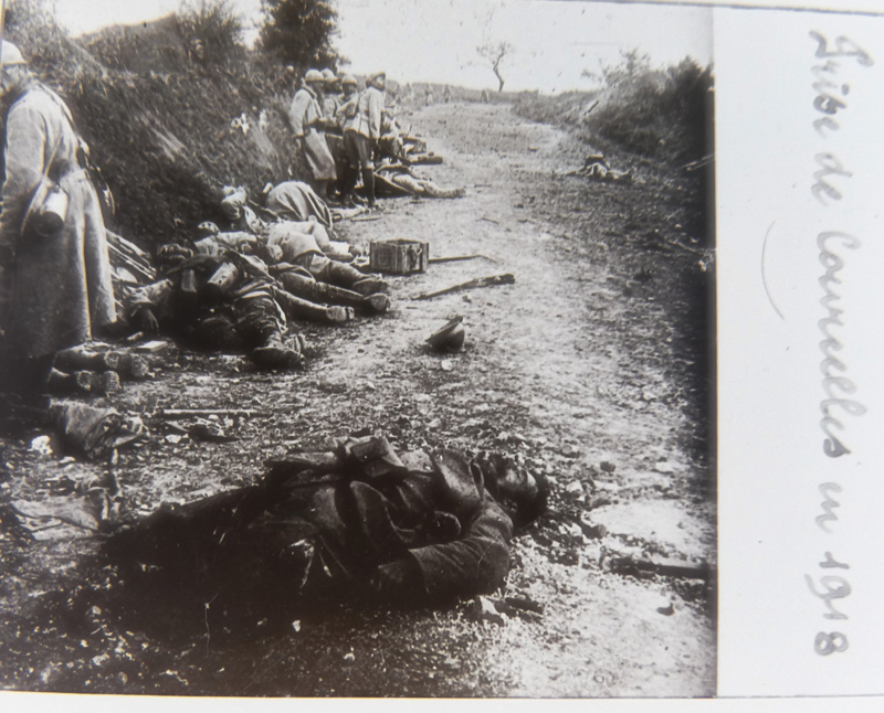Prise de Courcelles-Epayelles (Oise) 1918 - Chemin d'enfer (Collection : Paulette.F)