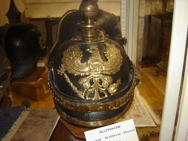 Casque sous officier artillerie Prusse Mle 1895 (Collection privée: A-R).